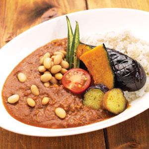 夏野菜と蒸し豆のカレー