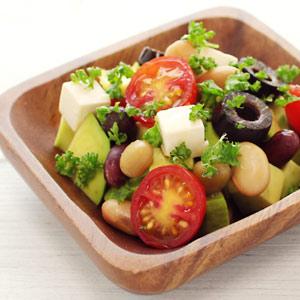 蒸しサラダ豆とアボカドのイタリアンサラダ