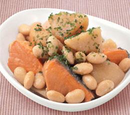 大豆とじゃが芋のバターしょうゆ煮