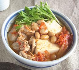 大豆と豆腐のキムチスープ